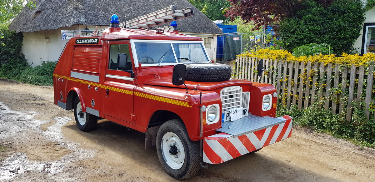 1977 Land Rover Series 3 Fire Engine Appliance Pump SOLD (picture 2 of 6)