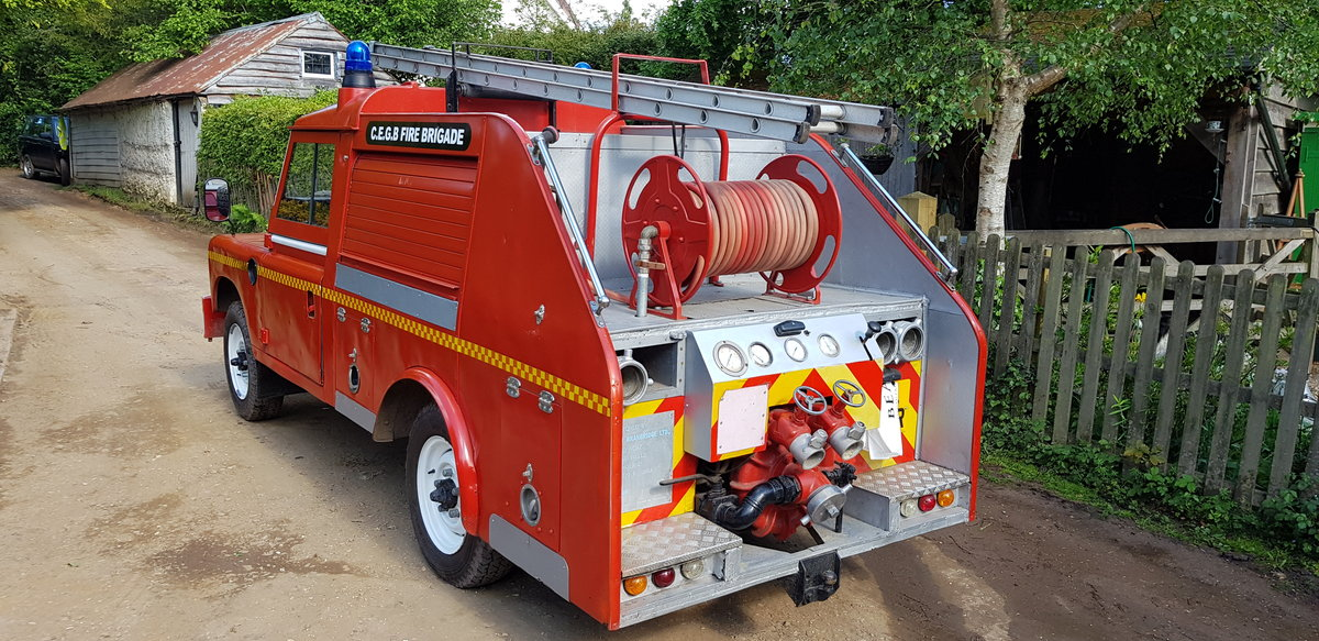 1977 Land Rover Series 3 Fire Engine Appliance Pump SOLD (picture 4 of 6)