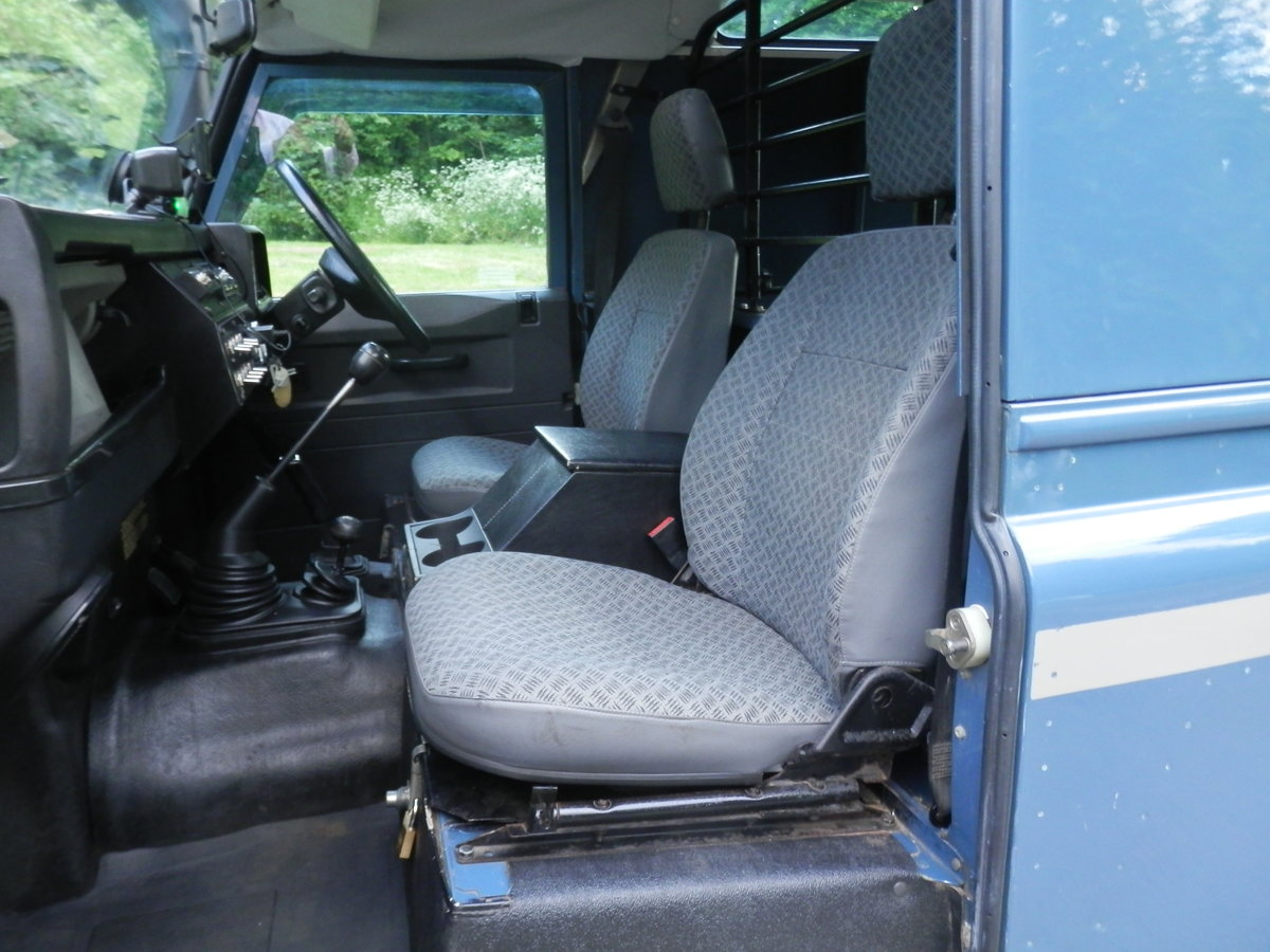 1996 Land Rover 90 Defender 300 Tdi. Many Extras. Must Be Seen. SOLD (picture 4 of 6)