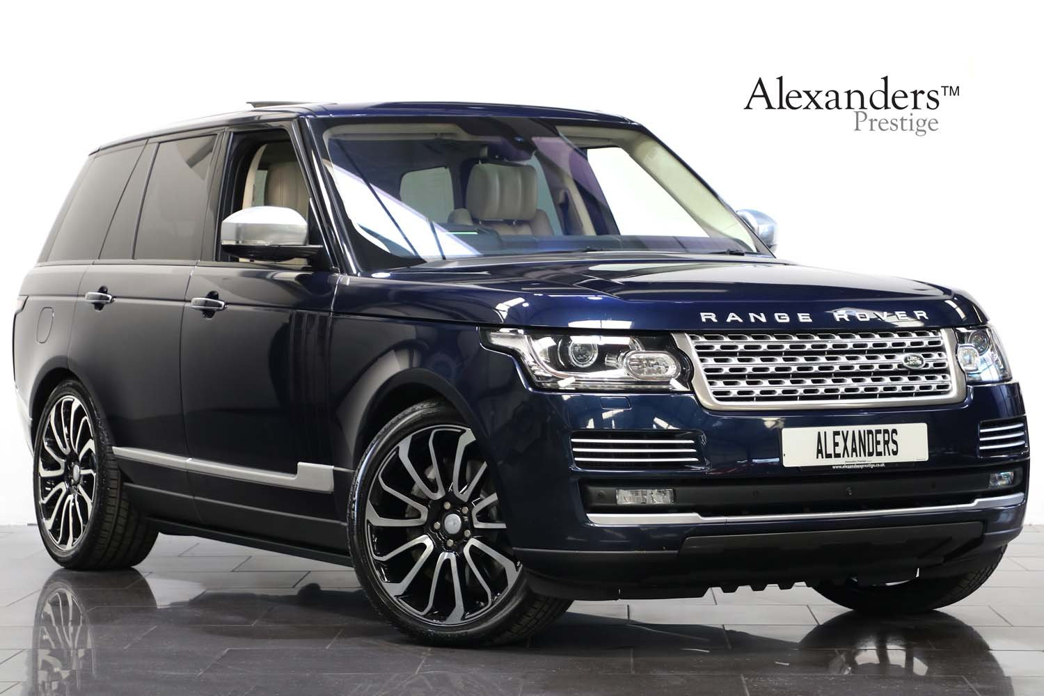 2015 15 15 RANGE ROVER 4.4 SDV8 AUTOBIOGRAPHY For Sale (picture 1 of 6)