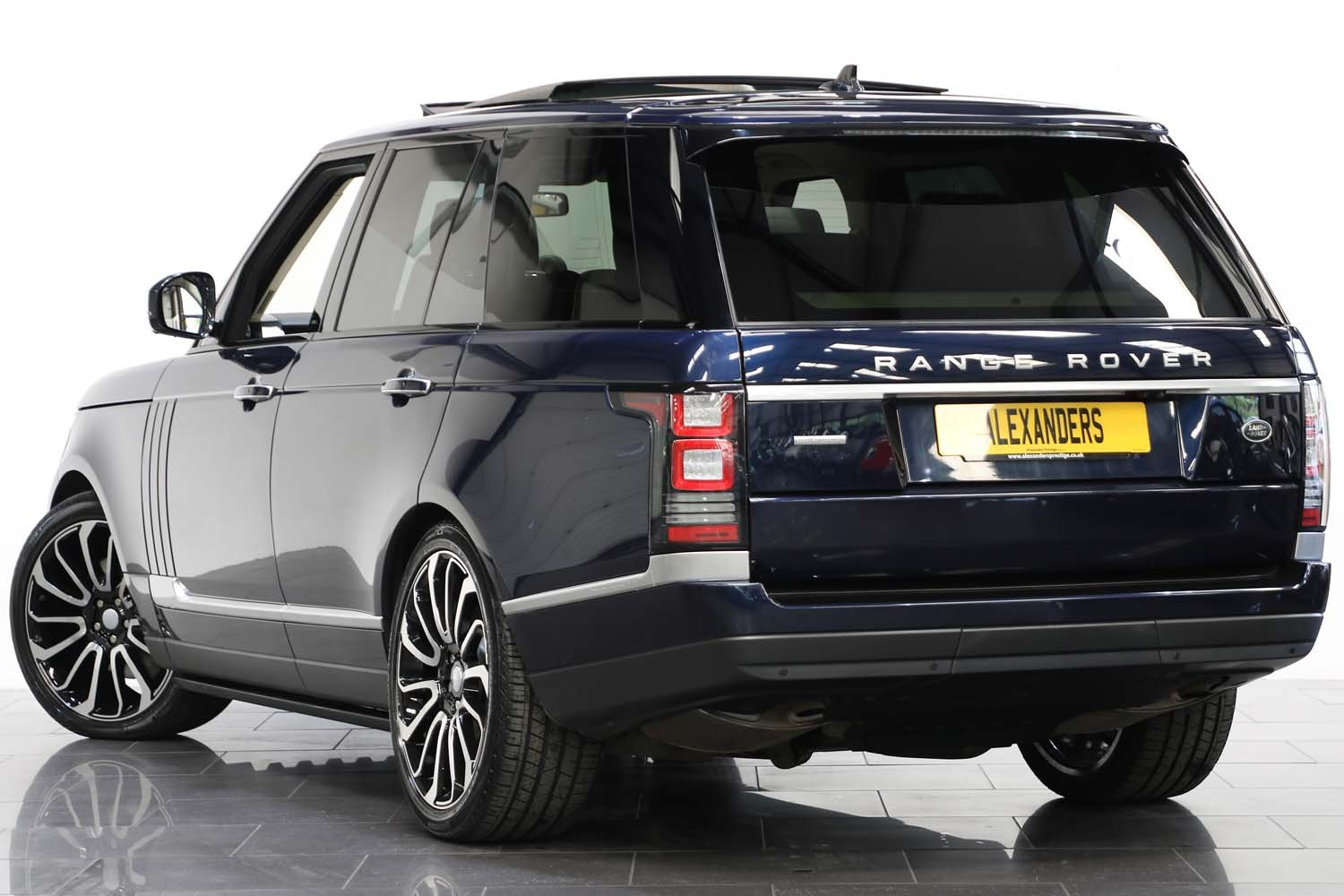 2015 15 15 RANGE ROVER 4.4 SDV8 AUTOBIOGRAPHY For Sale (picture 3 of 6)