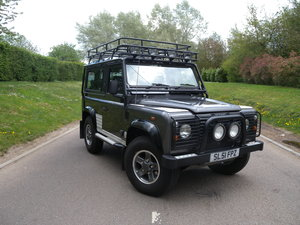 2001 Defender 90 Tomb Raider Ltd Edition For Sale