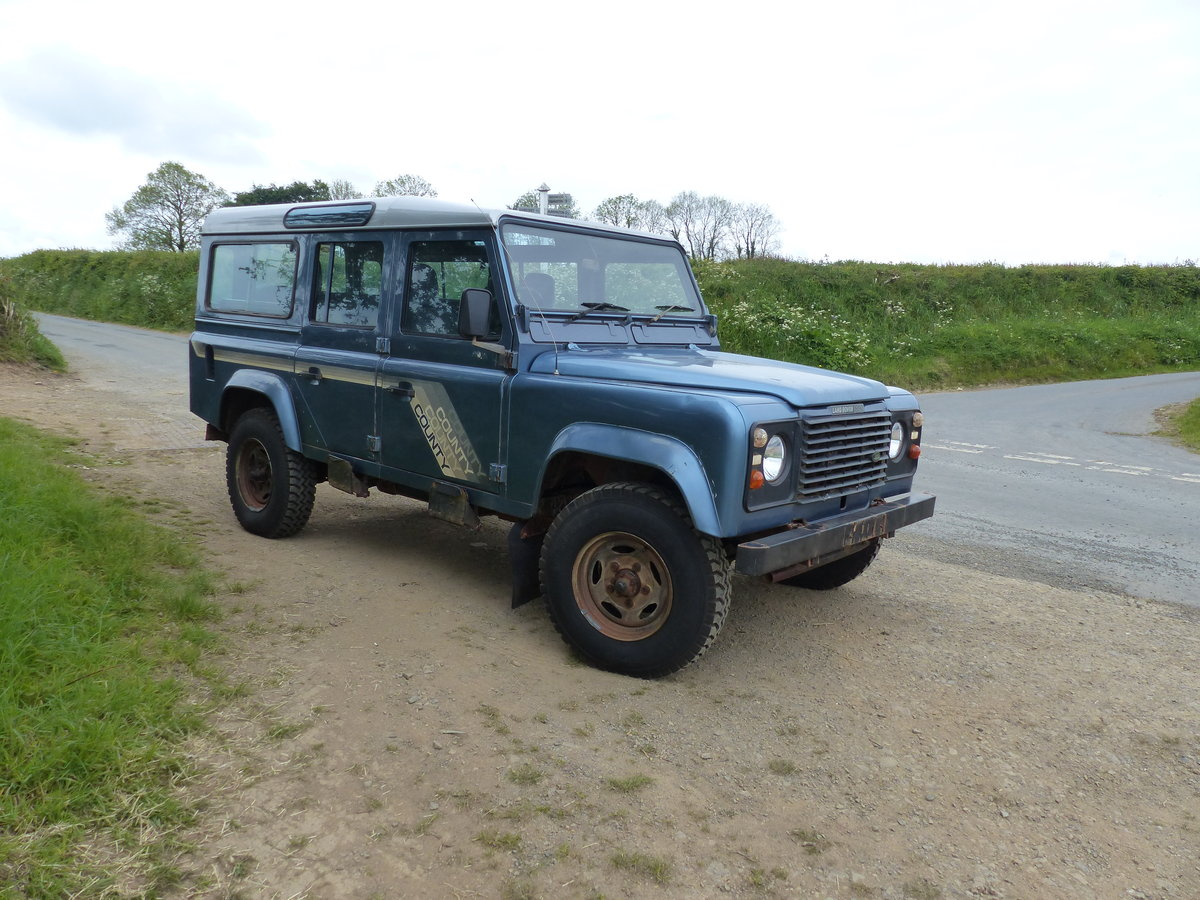 1990 Land Rover Defender 110 V8 County Station Wagon  For Sale (picture 1 of 6)
