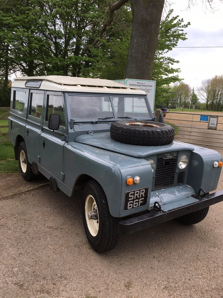 1968 Land Rover Series 2a 109 LWB Diesel Station Wagon For Sale (picture 3 of 6)