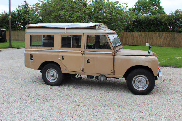 1972 Land Rover Searle Carawagon Project  For Sale (picture 1 of 6)