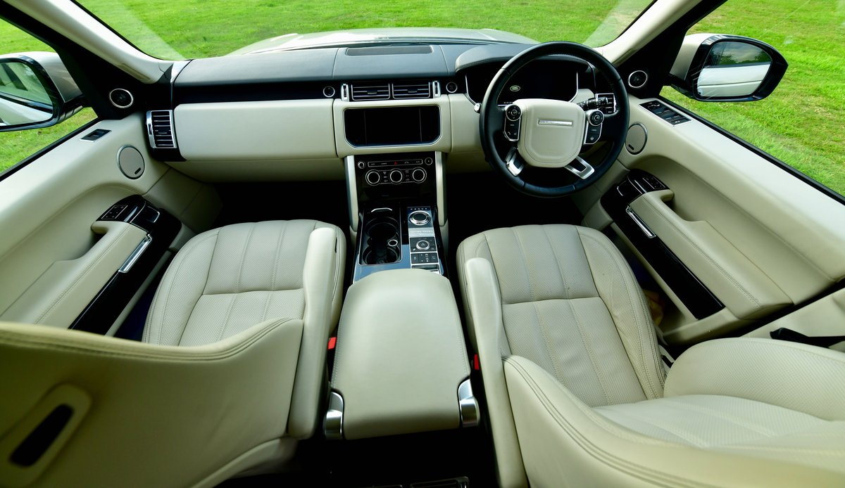 2014 Range Rover Vogue SE 4.4 SD For Sale (picture 6 of 6)