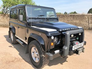 excellent 2009 Defender 90 TDCi XS Station Wagon+good spec