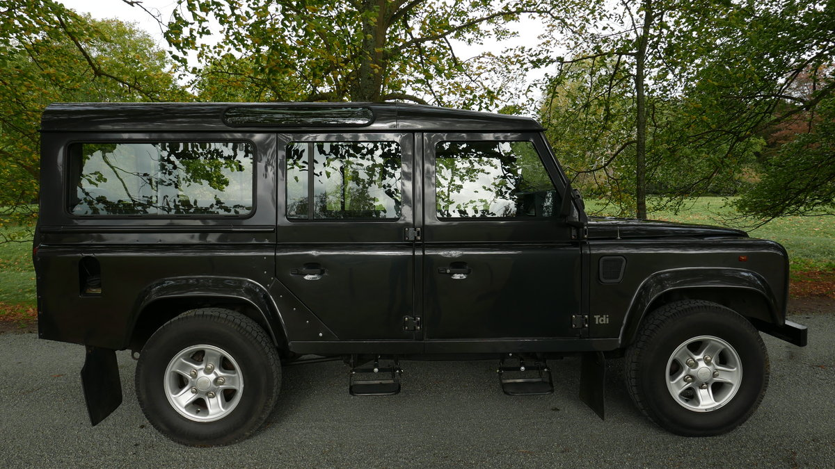 1996 Landrover Defender 110 CSW 300 Tdi FSH, 12 mo MOT For Sale (picture 1 of 6)