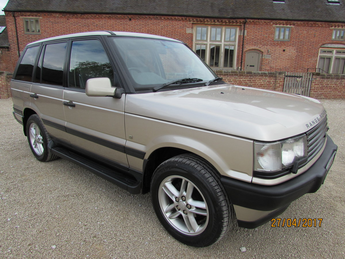 RANGE ROVER P38  4.6 HSE  1999 - 44,000  MILES FROM NEW For Sale (picture 1 of 6)