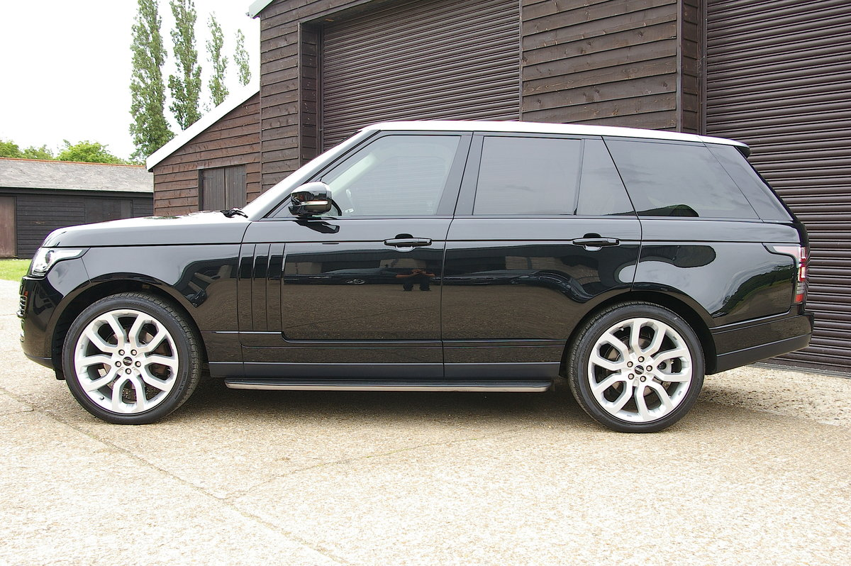 2013 Land Rover Range Rover 3.0 TDV6 Vogue Auto (88,345 miles) SOLD (picture 2 of 6)