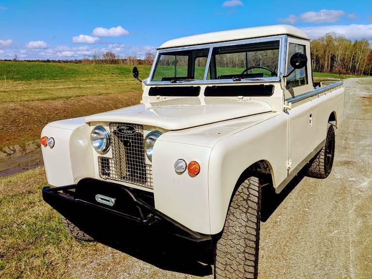 1967 Land Rover Series 2A 109 pickup truck For Sale (picture 1 of 6)