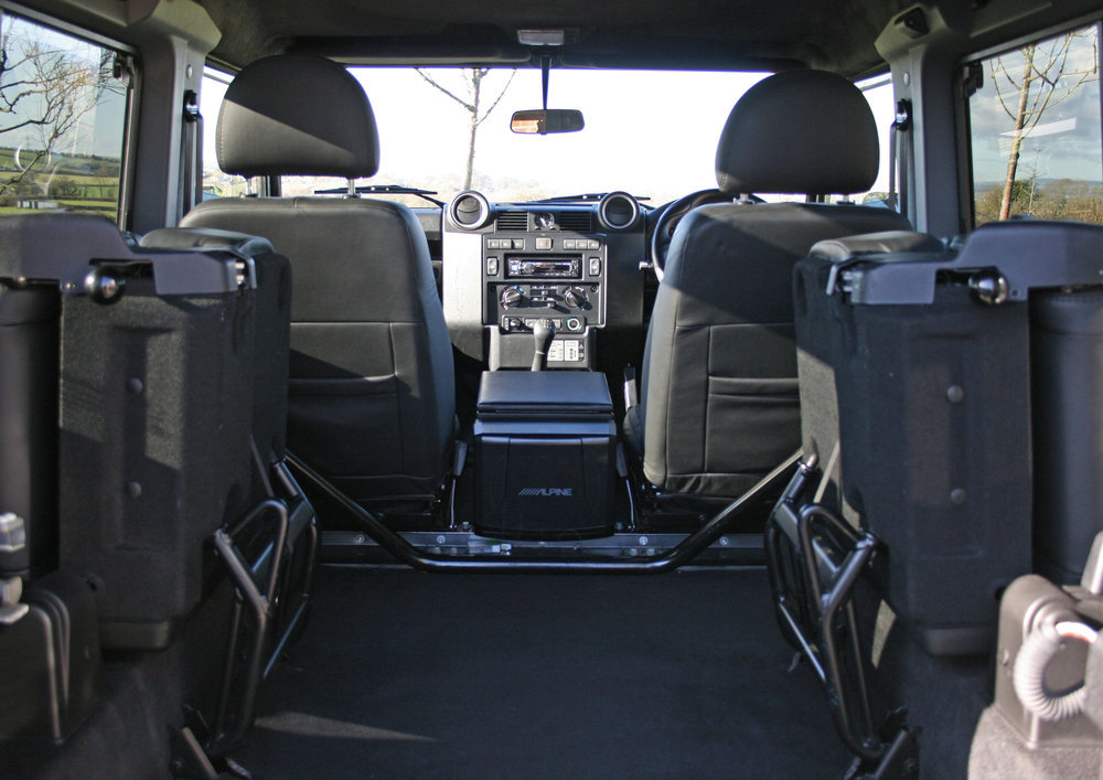 2015 LAND ROVER DEFENDER 90 XS SOLD (picture 3 of 6)