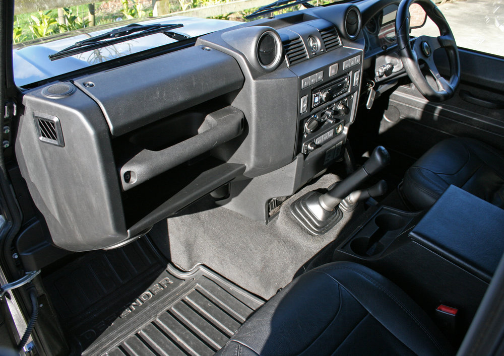 2015 LAND ROVER DEFENDER 90 XS SOLD (picture 6 of 6)