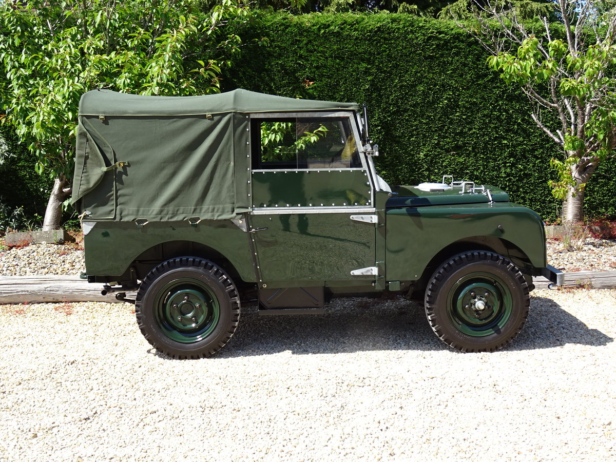 1951 Land Rover S1 80inch – Show Standard SOLD (picture 3 of 6)