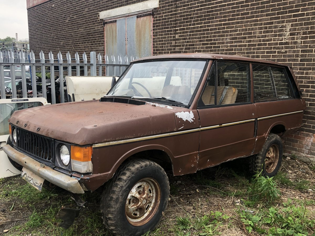 1973 suffix b range rover classic restoration project SOLD (picture 1 of 3)