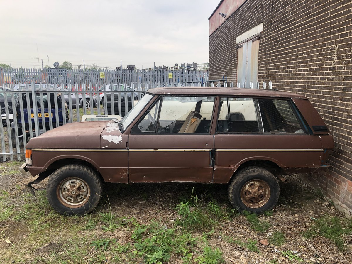 1973 suffix b range rover classic restoration project SOLD (picture 2 of 3)