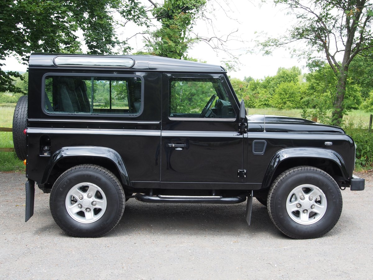 2008 Land Rover Defender 90 2.4 TDi XS 4X4 3dr For Sale (picture 2 of 6)