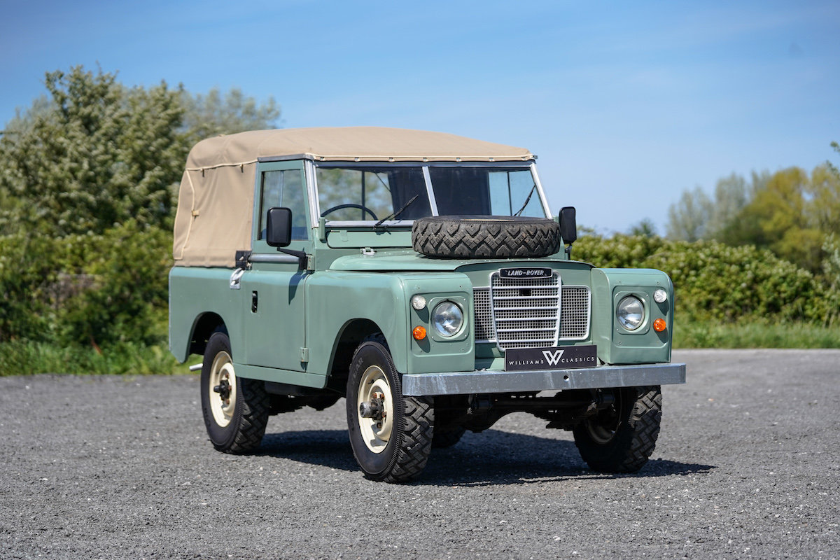 Land Rover Series 3 88 Soft Top 1975 TAX & MOT EXEMPT  SOLD (picture 1 of 6)