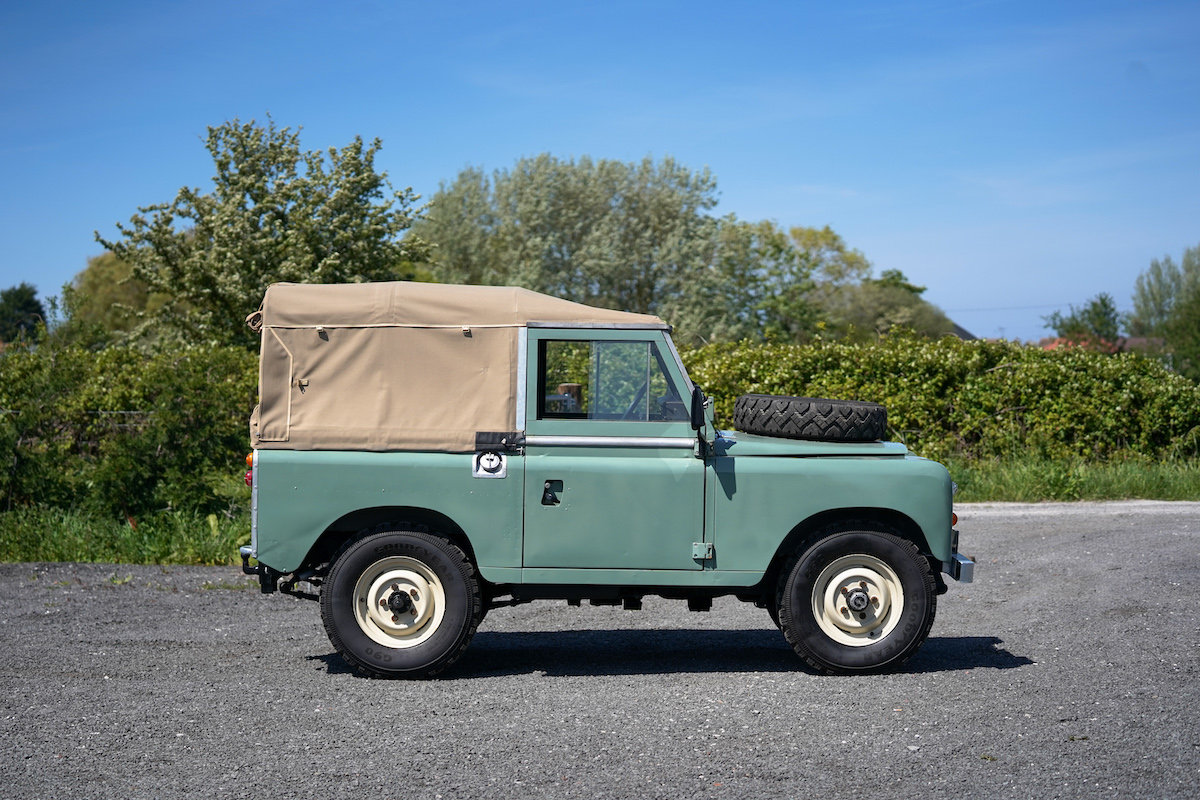 Land Rover Series 3 88 Soft Top 1975 TAX & MOT EXEMPT  SOLD (picture 4 of 6)