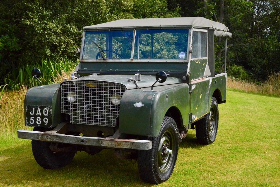 Land Rover Series 1 80 1949 R866 Lights Behind the Grille  For Sale (picture 2 of 6)