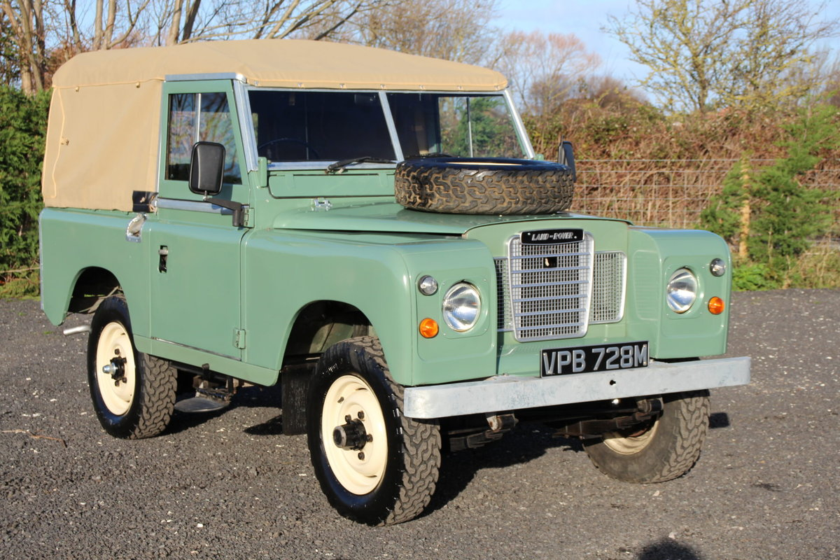 Land Rover Series 3 88 1974 Pastel Green Softop Refurbished  For Sale (picture 1 of 6)