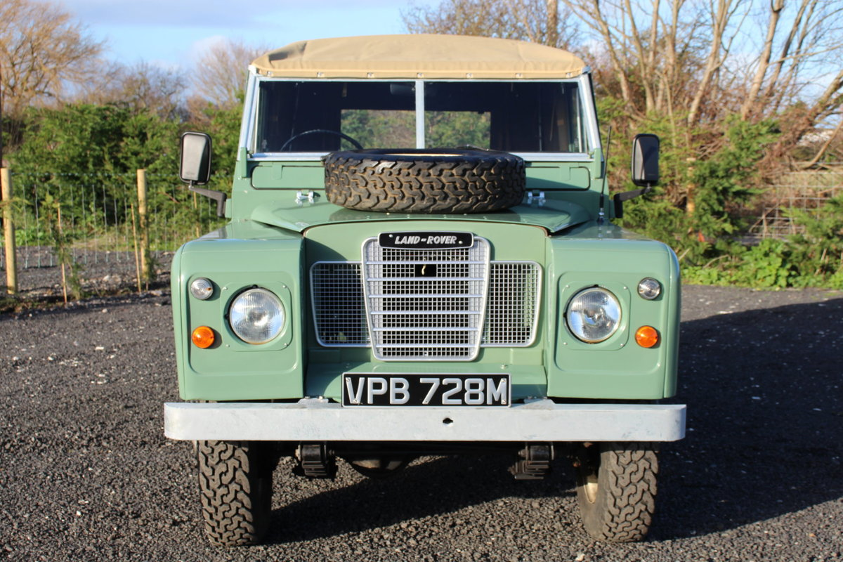 Land Rover Series 3 88 1974 Pastel Green Softop Refurbished  For Sale (picture 3 of 6)
