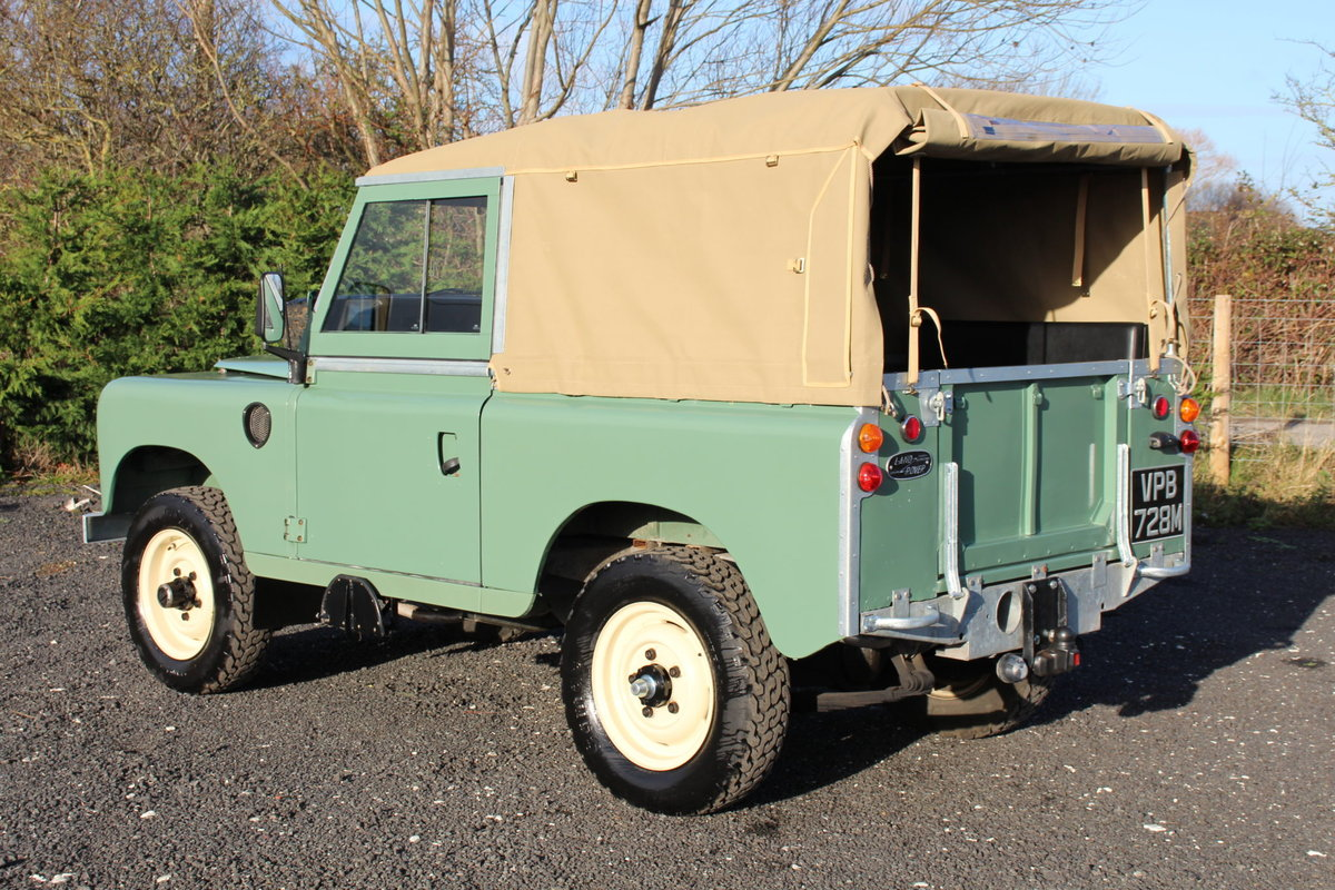 Land Rover Series 3 88 1974 Pastel Green Softop Refurbished  For Sale (picture 4 of 6)