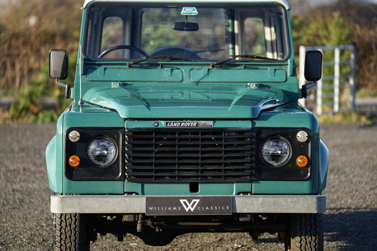 1986 Land Rover 90 Factory V8 Station Wagon 41,000 Miles From New For Sale (picture 5 of 6)