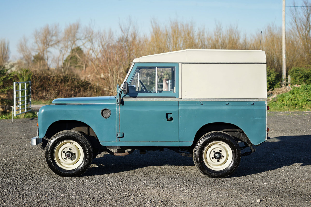 1983 Land Rover Series 3 88 Hardtop 63,000 Miles For Sale (picture 4 of 6)