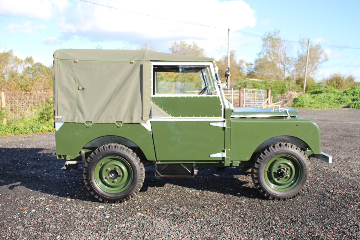 Land Rover Series 1 80 1949 R866 Lights Behind the Grille  For Sale (picture 4 of 6)