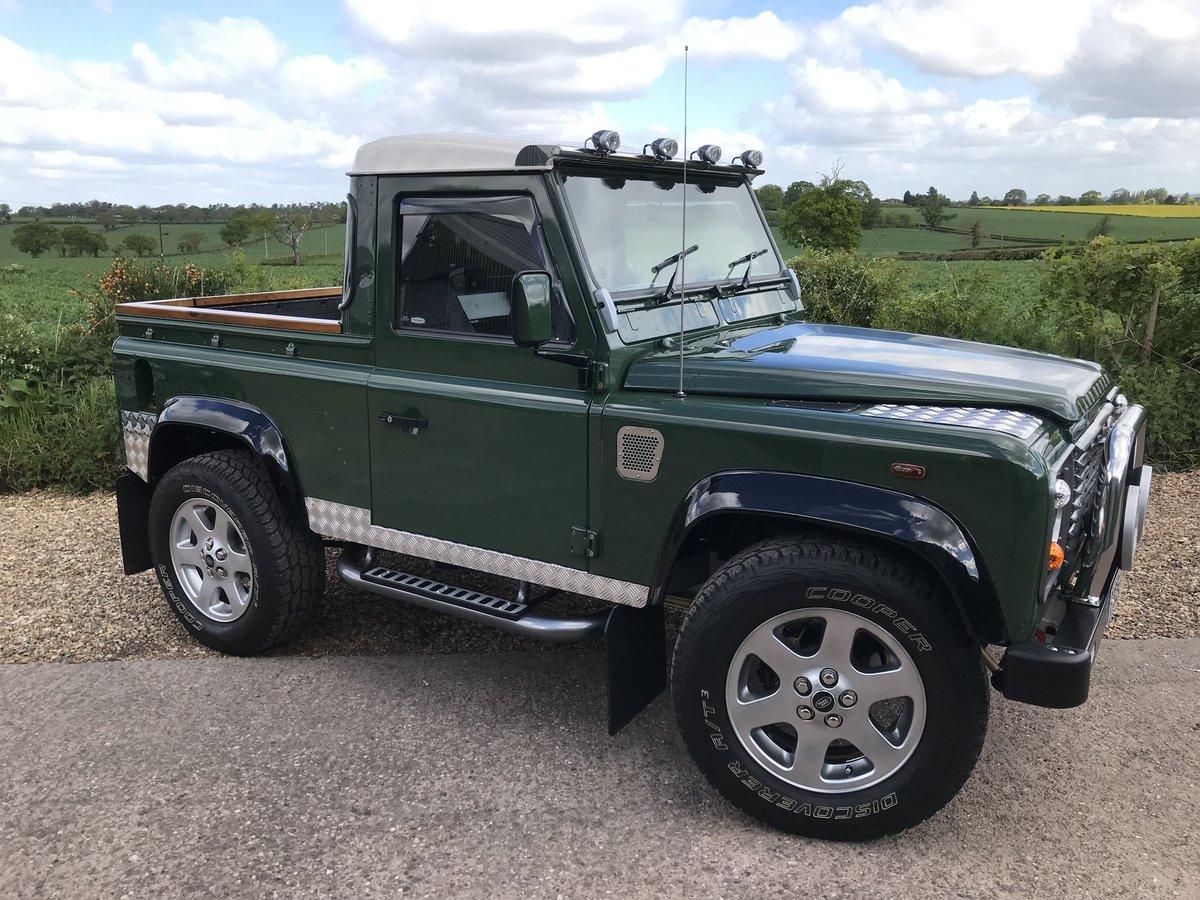 2000 Land Rover Defender Fully rebuilt For Sale (picture 2 of 6)
