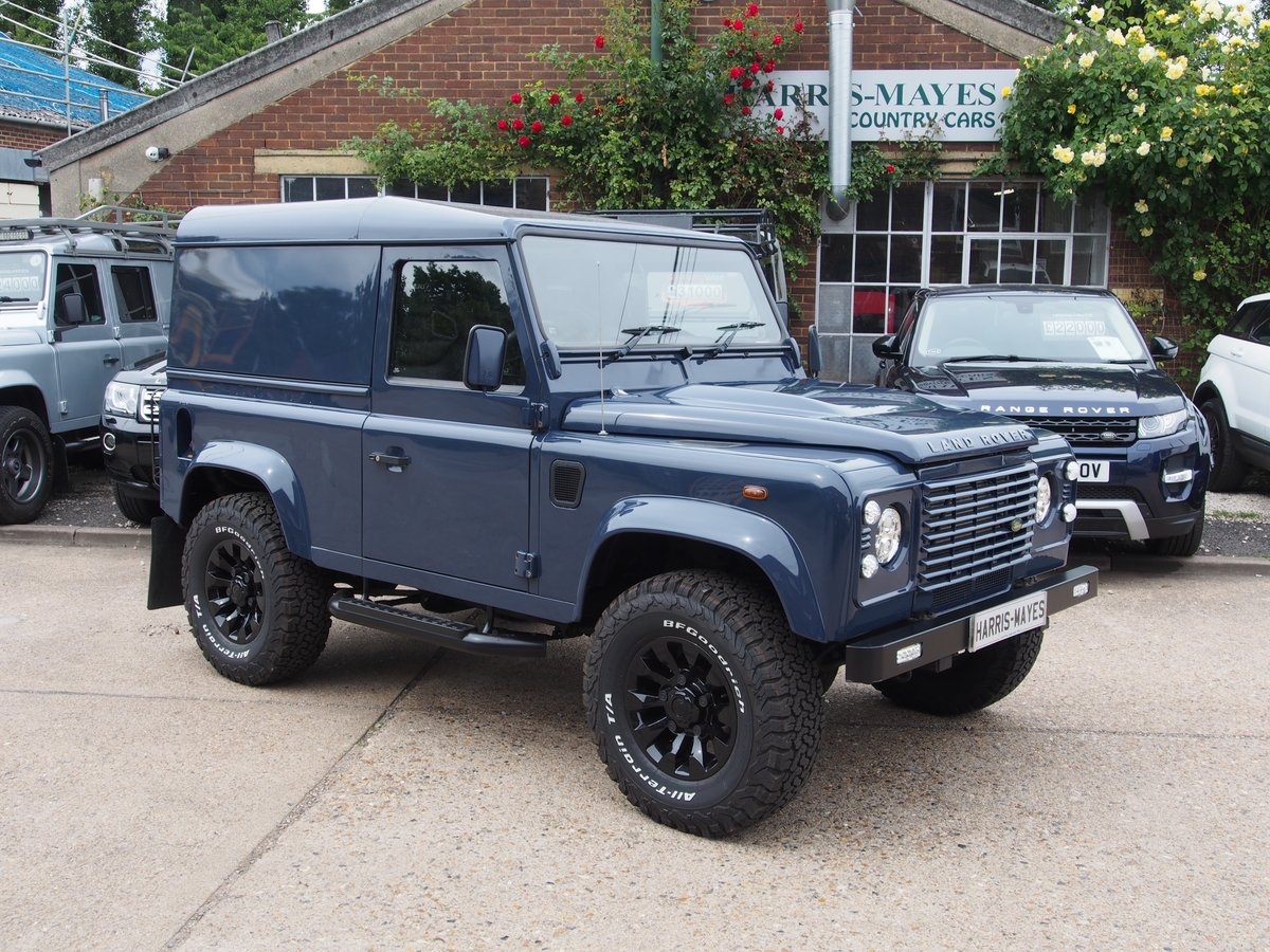 2009 Land Rover Defender 90 2.4 TDi Hard Top 3dr For Sale (picture 1 of 6)
