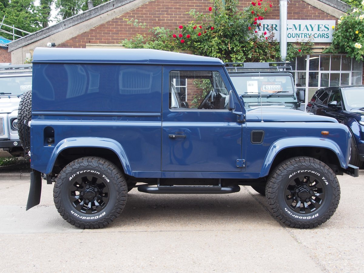 2009 Land Rover Defender 90 2.4 TDi Hard Top 3dr For Sale (picture 2 of 6)