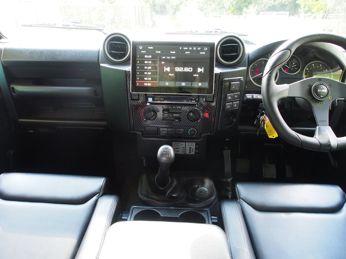 2009 Land Rover Defender 90 2.4 TDi Hard Top 3dr For Sale (picture 6 of 6)