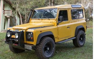 2000 Land Rover 90 for export from Brazil