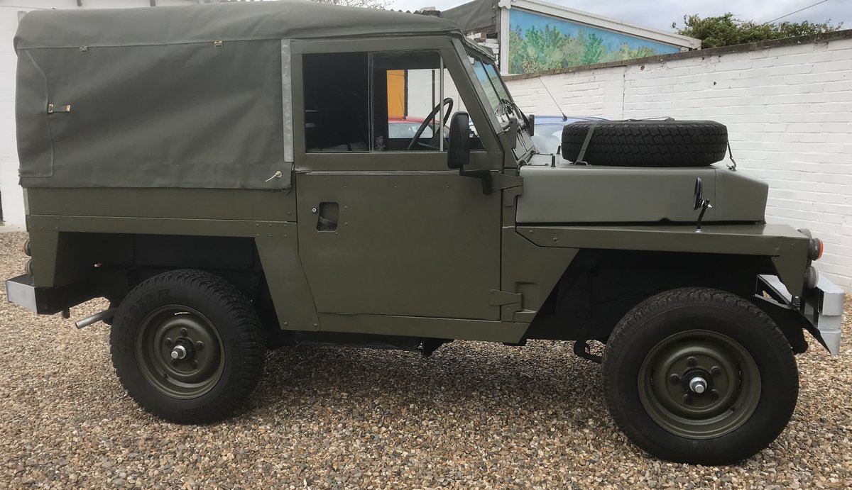 1984 Land Rover Lightweight SOLD (picture 2 of 6)