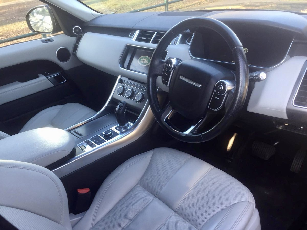 2014 Land rover range rover sport se tdv6 automatic 3.0 For Sale (picture 4 of 6)