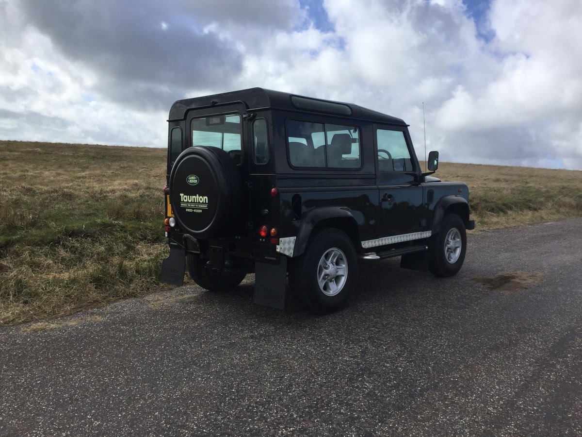 2003 Genuine Defender County Station Wagon - Excellent. For Sale (picture 4 of 6)
