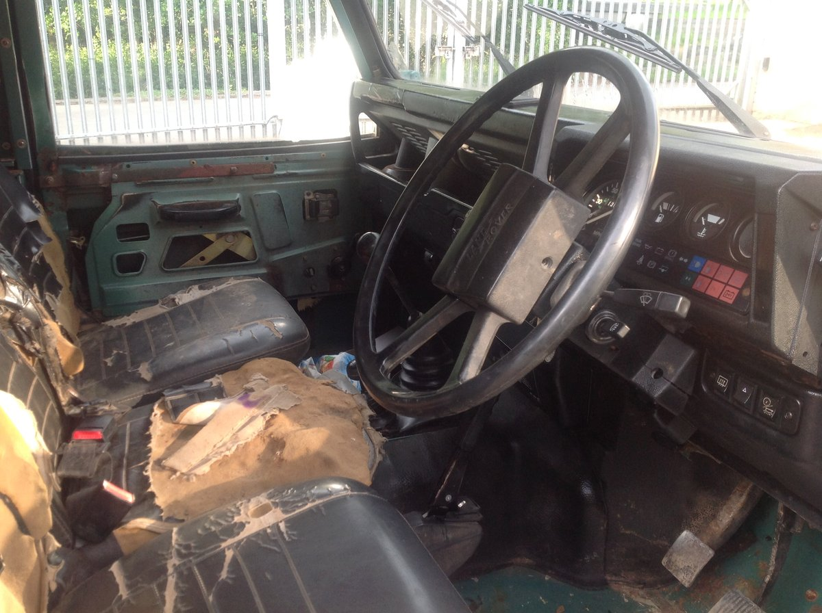 1987 Land Rover 90 Very orginal early 90 turbo diesel For Sale (picture 5 of 6)