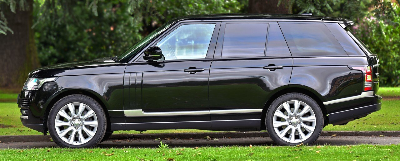 2014 Land Rover Range Rover Vogue 4.4 SDV8 339 BHP For Sale (picture 3 of 6)