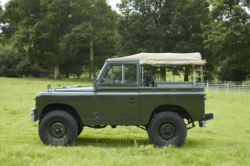SOLD:  Land Rover Series 2A - Very solid 1964  SOLD (picture 1 of 4)