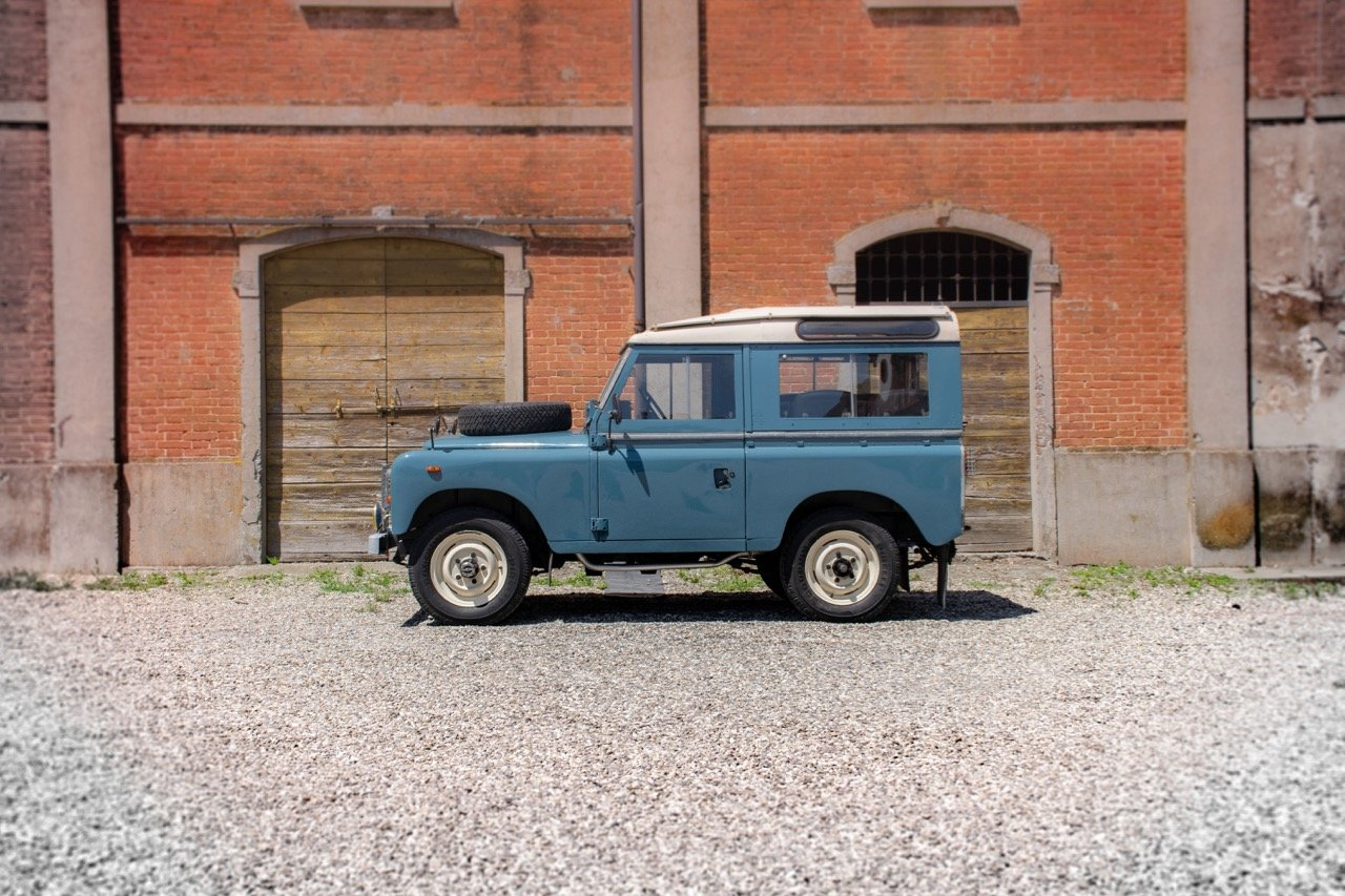 1974 Land Rover 88 - ASI & Stunning! For Sale (picture 2 of 6)