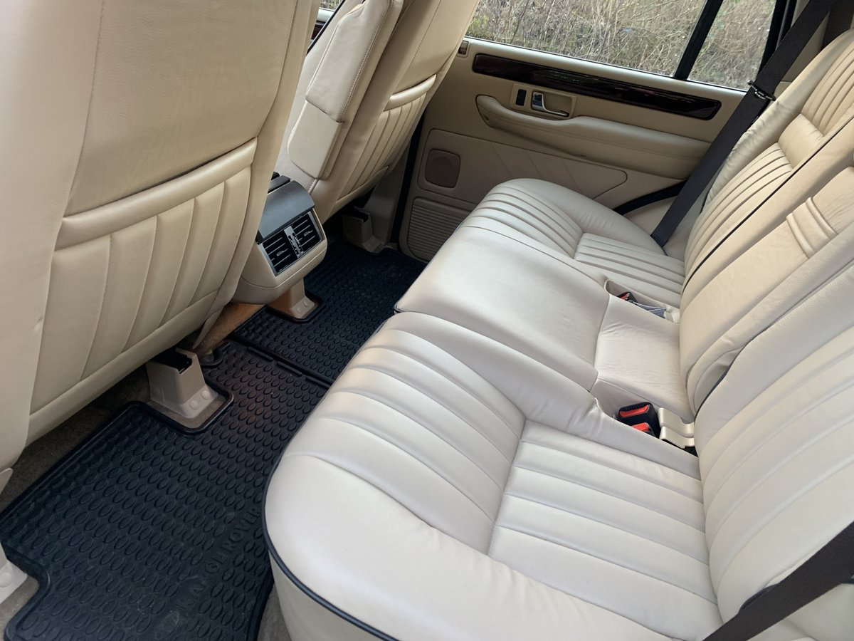 2000 *** EXTREMELY LOW MILEAGE P38 RANGE ROVER *** For Sale (picture 4 of 6)