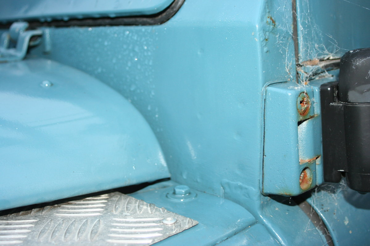 1975 Land Rover Series 3 109 Tax Free / Mot Exempt / For Sale (picture 5 of 6)