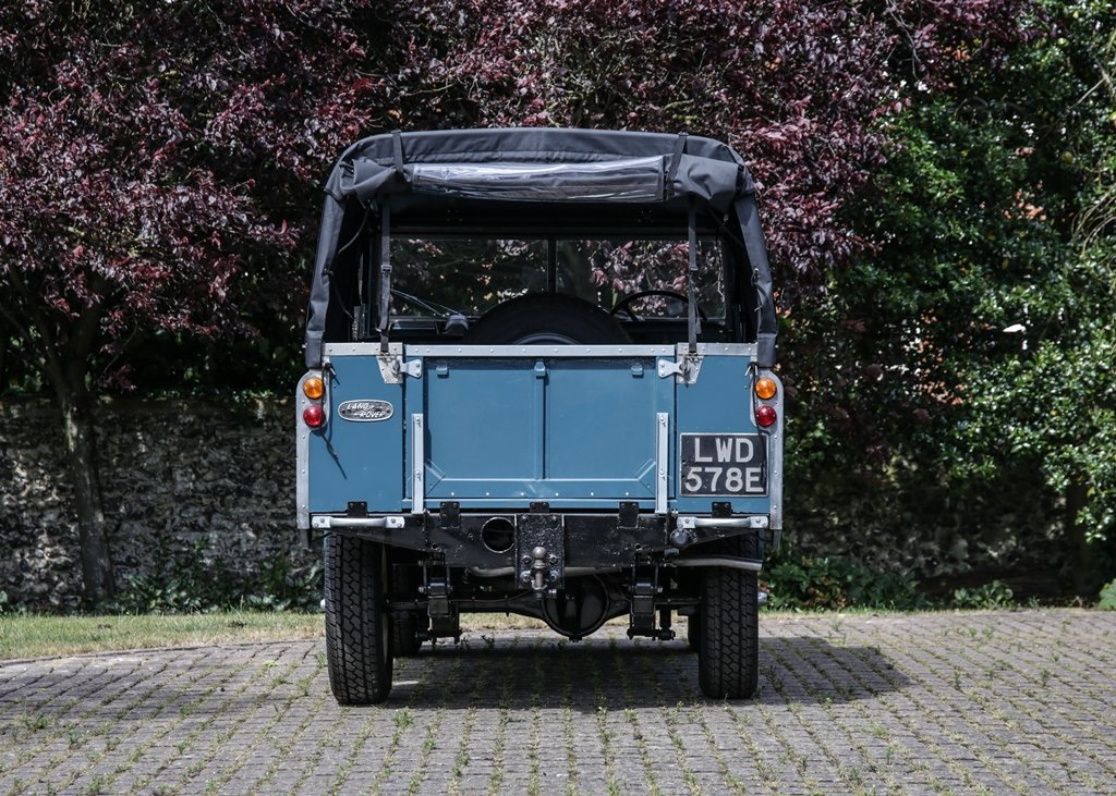 1967 Land Rover Series II Soft Top (88) SOLD by Auction (picture 4 of 6)