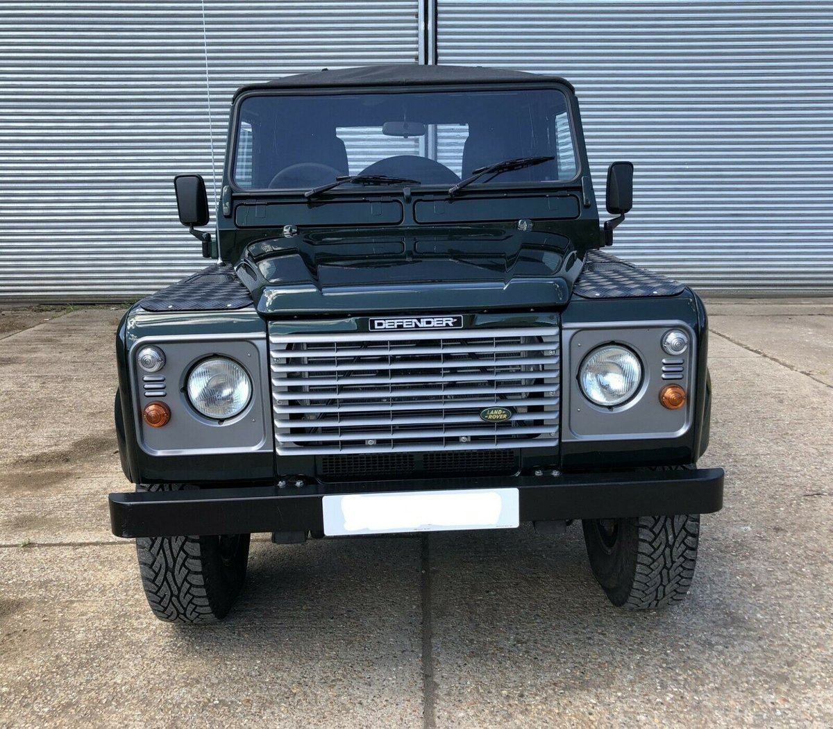 2000  Land Rover Defender 90 TD5 Soft Top For Sale (picture 3 of 6)