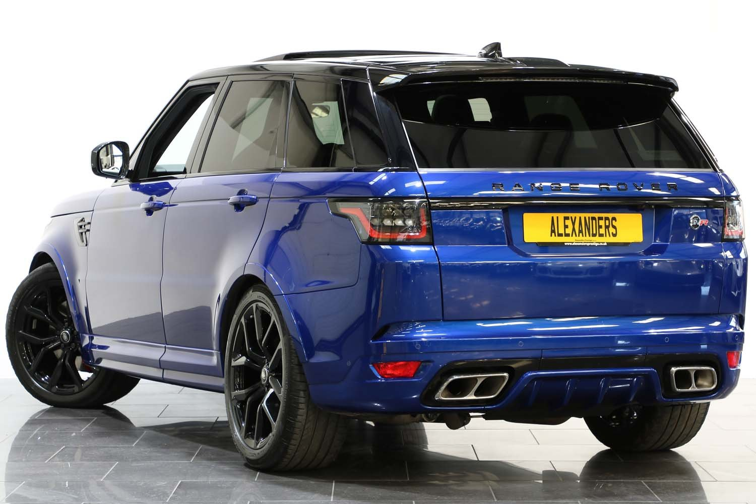 2018 18 RANGE ROVER 5.0 V8 SUPERCHARGED SVR AUTO For Sale (picture 2 of 6)