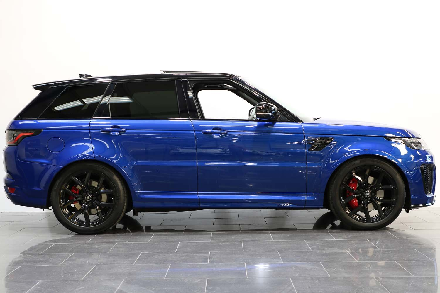 2018 18 RANGE ROVER 5.0 V8 SUPERCHARGED SVR AUTO For Sale (picture 3 of 6)