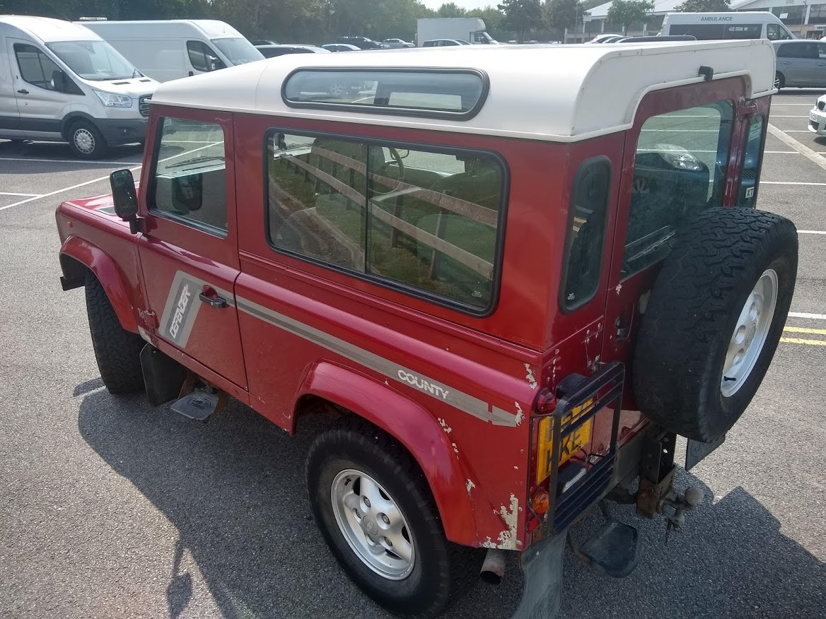 1997 Land Rover 90 County Tdi For Auction Friday 12th July SOLD by Auction (picture 2 of 6)