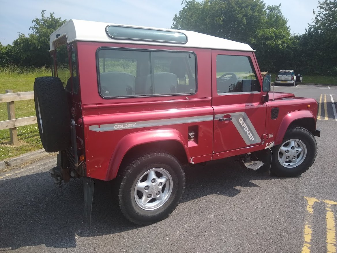1997 Land Rover 90 County Tdi For Auction Friday 12th July SOLD by Auction (picture 3 of 6)